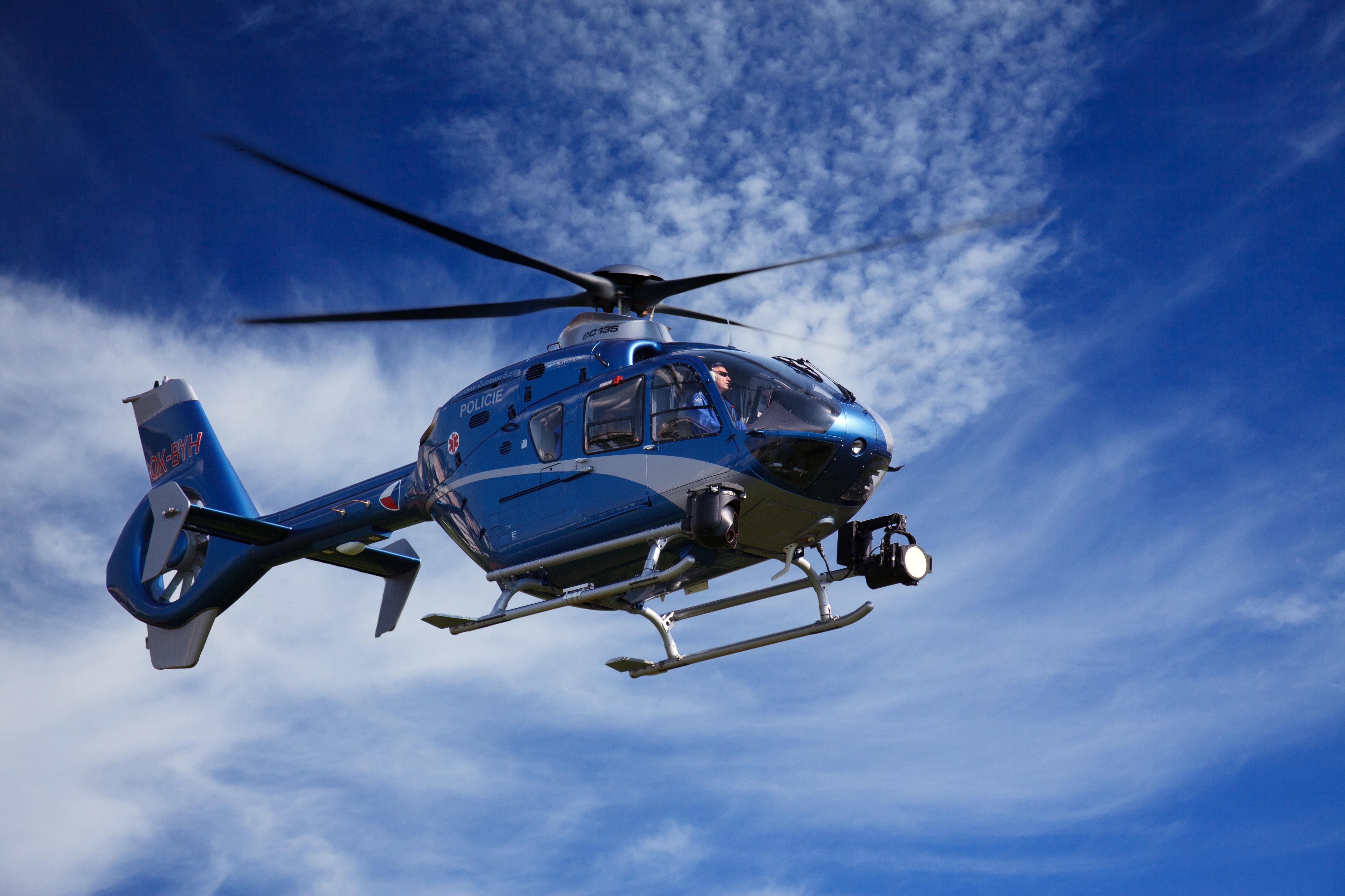 aviation-chopper-flight-41174